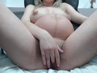 Prego Coddle With Broad in the beam Pussy With an increment of Boobs On Webcam -Deviant