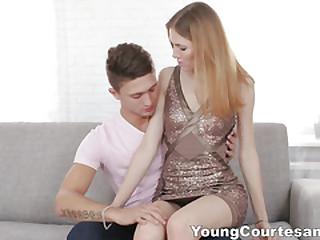 Young Courtesans - Passion and crossroads far a bonus